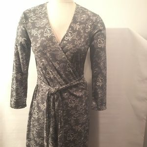 Jones New York Print V Neck Long Sleeve Wrap Dress